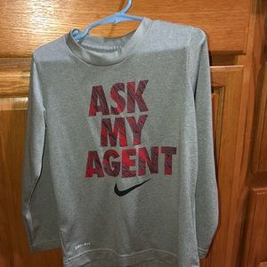 Boy's Nike long sleeve